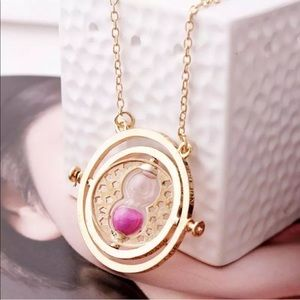 Jewelry - ❤️2/$12 Harry Potter Hermione timeturning necklace